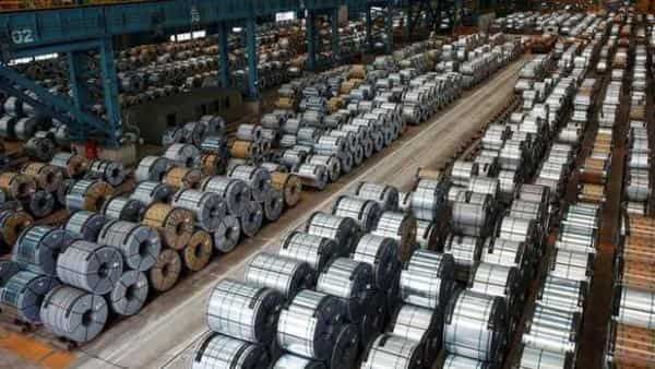 Why Graphite India, HEG share prices are falling