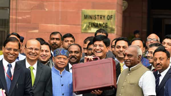 Finance minister Piyush Goyal with his Cabinet colleagues outside the North Block on Friday (Ramesh Pathania/Mint)