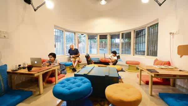 """Commonly termed """"co-living facilities"""", these new-age living spaces offer the vibe of a hostel with fancy facilities—the spaces come with a shared laundromat, gym, Wi-Fi, kitchen and housekeeping.jitendra M./mint"""