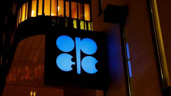 Oil hits 2019-high on OPEC cuts, US sanctions on Iran and Venezuela