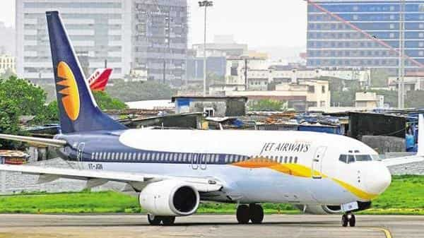 Jet Airways has been struggling with cash flows for the past six months due to rising fuel costs and intense competition. (Abhijit Bhatlekar/Mint)