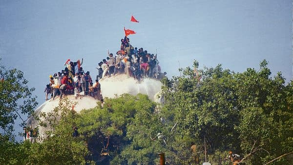 SC said it will pass an order on 5 March on referring the case to a mediator. (Photo: India Today Group)