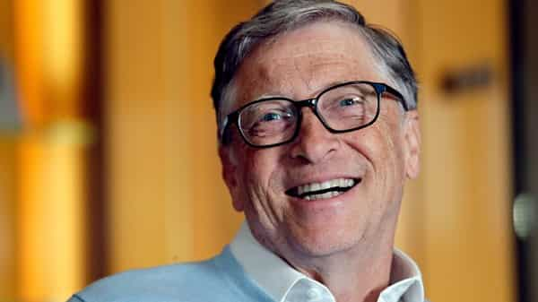 b2a5542f107 Bill Gates joins Jeff Bezos as the only two members of the $100 billion club