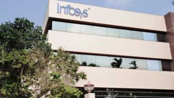 Infosys shares fall sharply on Q4 results, TCS shares jump