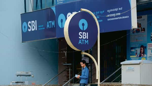 On Wednesday, SBI shares rose 1.65% to  ₹310.70 apiece on the BSE while the benchmark Sensex gained 1.27% to end the day at 39,054.68 points. (Mint)