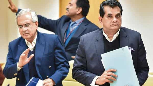 NITI Aayog vice-chairman Rajiv Kumar (left), and chief executive officer Amitabh Kant (PTI)