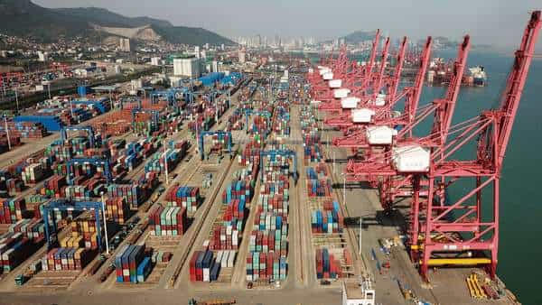 US-China trade gap shrank in March to smallest since 2016