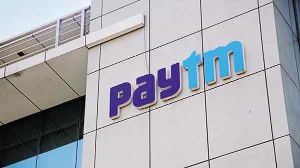 In its battle against giants like Walmart-owned Flipkart and Amazon, Paytm was offering aggressive cashbacks to woo customers on to its platform. (Bloomberg)