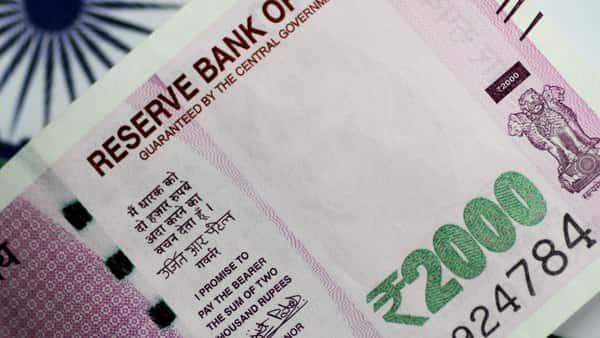 Rupee rises for third straight day, recovers 31 paise to 70.03