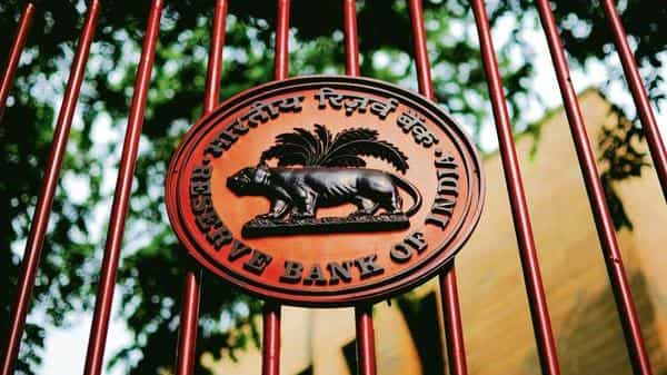 In all, the Payment Systems Vision 2021 by RBI has 36 specific action points and 12 specific outcomes. (Photo: Pradeep Gaur/Mint)
