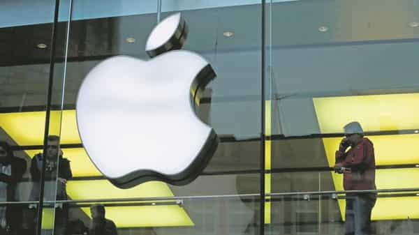 Apple earnings could be cut 29% on China ban, says Goldman