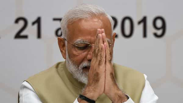 Modi likely to stake claim tonight to form government