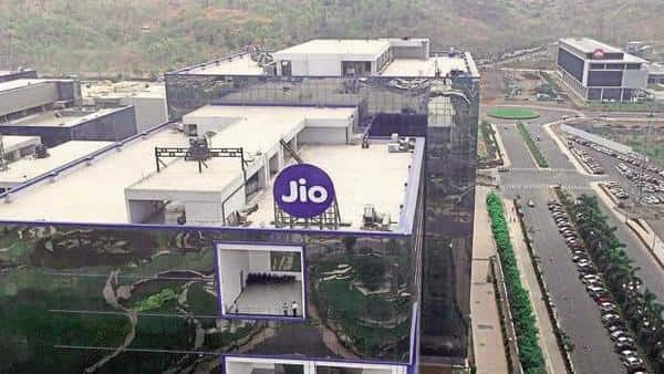 Jio to let its subscribers watch World Cup matches live for free