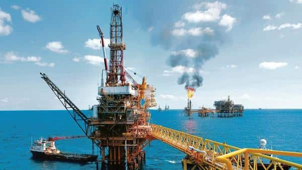 During the March quarter, ONGC's net profit fell the most in 13 quarters due to lower crude oil prices and higher costs. (Photo: Bloomberg)