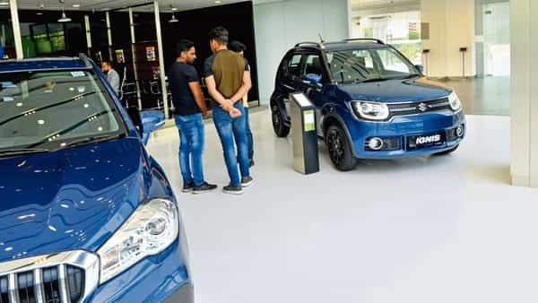 Dealers of leading manufacturers like Maruti Suzuki, too, have shut shop in the last year-and-a-half (Photo: Ramesh Pathania/Mint)