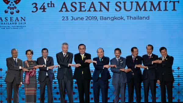 South East Asian leaders pose for a group photo during the opening ceremony of the ASEAN leaders summit in Bangkok (Photo: AP)