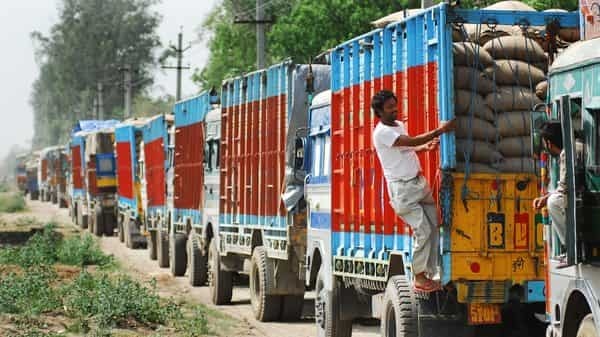 Logistics sector to add 149,000 new jobs in April-September: Report