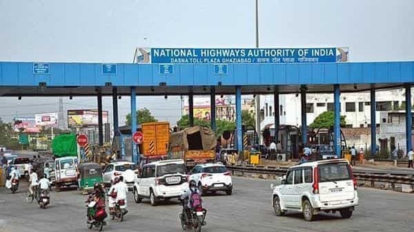 Any reduction in budgetary allocation means the NHAI would need to tap alternate sources of funding (HT file)