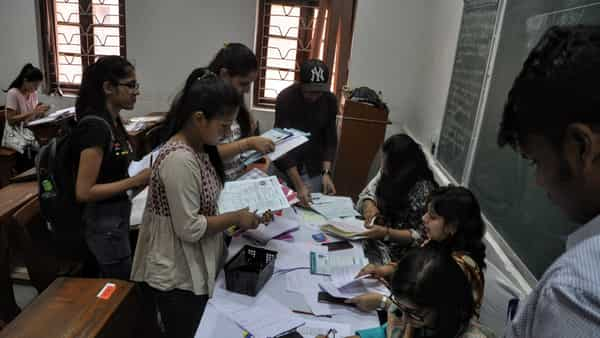 Miranda House takes in maximum number of students on first two days of DU admissions