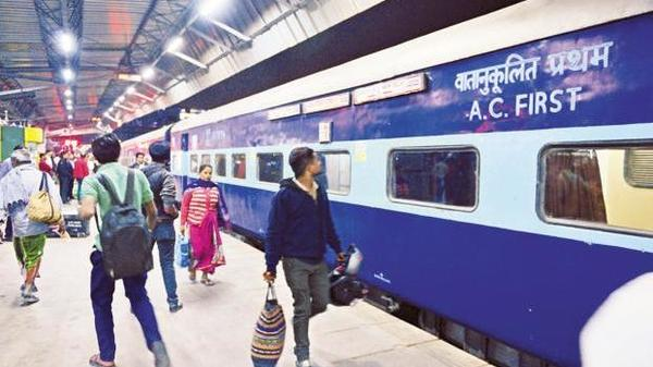 Emphasising passengers' comfort and safety, a total of 411 pairs of important long distance trains are now running with Linke Hofmann Busch (LHB) coaches. (Pradeep Gaur/Mint)