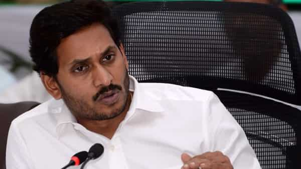 TDP questions Telangana official's appointment as AP govt