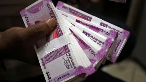 Rupee strengthens for ninth day, biggest winning streak since Feb 2017