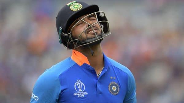 Icc World Cup 2019 Rishabh Pant Will Learn From His Mistakes Like I Did Said Virat Kohli