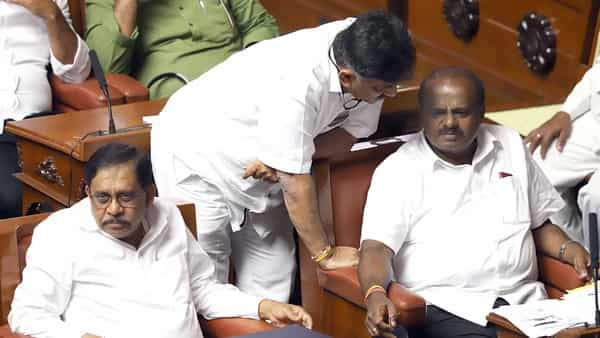 Karnataka Assembly fails to meet Governor's deadline, trust vote delayed till Monday