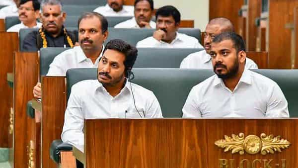 AP to reserve 50% seats in nominated posts for SC/ST and other backward classes