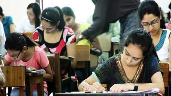 Over 75 engineering, technical colleges to shut down; stop taking students in 2019
