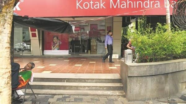 Kotak Mahindra Bank Q1 net profit rises 33% on lower provisions