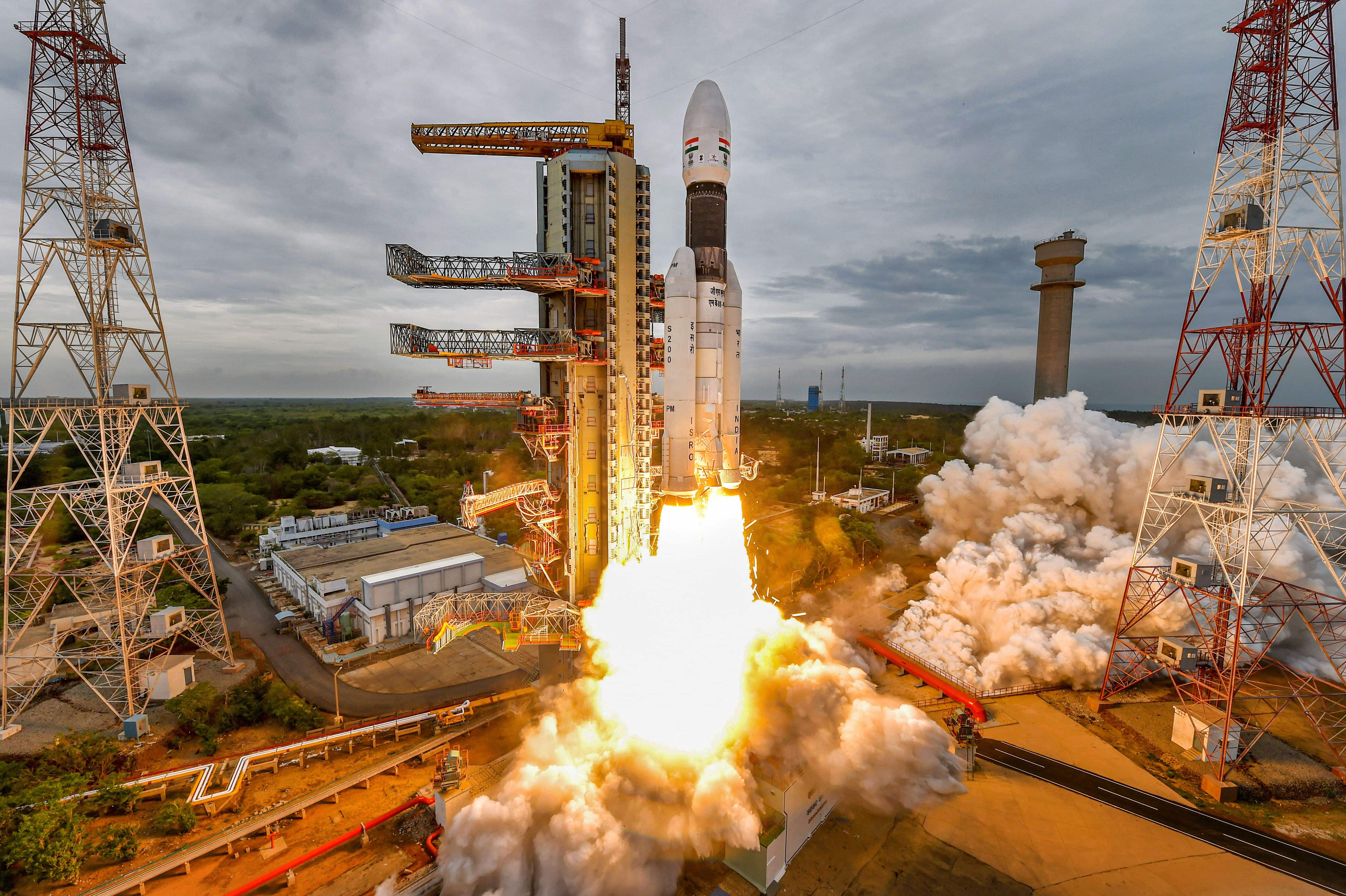 Sriharikota: India's second Moon mission Chandrayaan-2 lifts off onboard GSLV Mk III-M1 launch vehicle from Satish Dhawan Space Center at Sriharikota in Andhra Pradesh. (PTI)