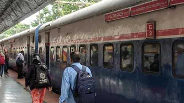 This crucial high traffic route serves Mumbai-Pune daily commuters, besides students, people working in the IT sector in both cities and tourists. (File Photo)