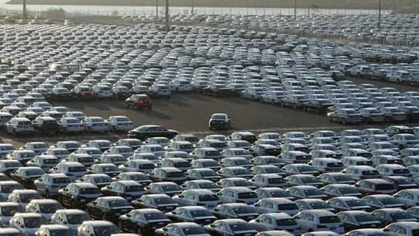 Sales slumps in China, India clobber automakers