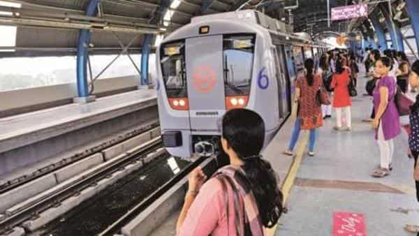 Delhi Metro issues red alert, security checking to take more time