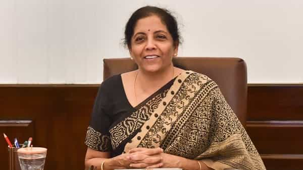 Sitharaman, Gadkari consult small firms on boosting access to credit