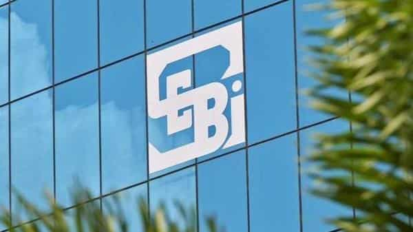The provisions of the rating agreement between a rating agency and its client or issuer of securities is governed by the Sebi Regulations, framed in 1999. (Photo: Reuters)