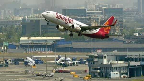 SpiceJet posts record profit as Jet Airways's downfall provides boost