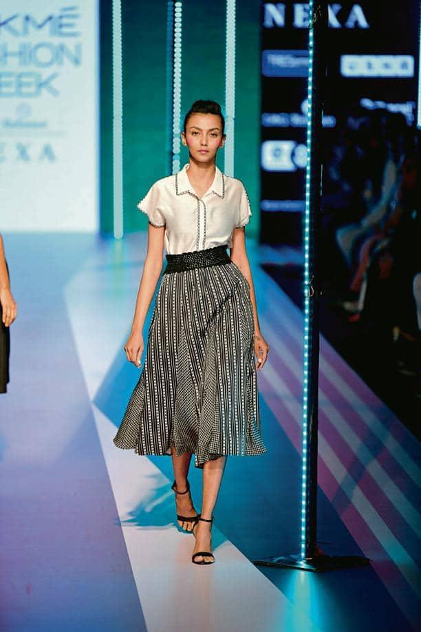 A runway look by Amrapali Singh