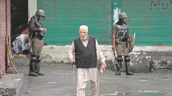A file photo of Srinagar during the recent curfew. The Supreme Court stated that a real picture of the situation in Jammu and Kashmir has to be placed before the bench before it can pass any order on the matter.  (Photo: AP)