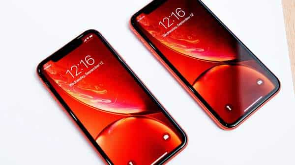 iPhone 11 to use same OLED display as Galaxy S10, Note 10