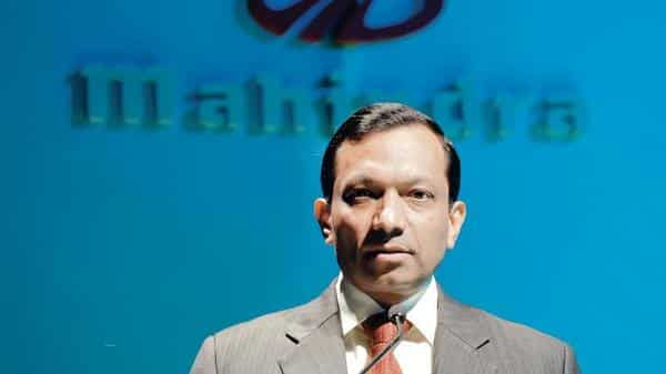 Mahindra Mahindra defers new investments to cope with slowdown in demand