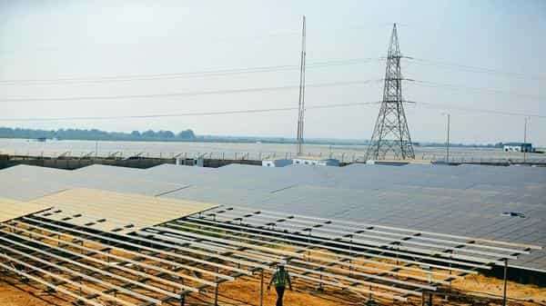 At solar alliance summit, Delhi to propose global power grid