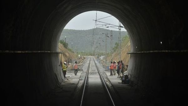 The country's first electrified tunnel is built in the shape of 'horse shoe'. Photo: scr.indianrailways.gov.in