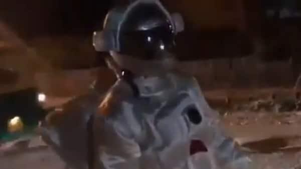 Watch: Man dresses as an astronaut, 'moonwalks' on potholes in Bengaluru