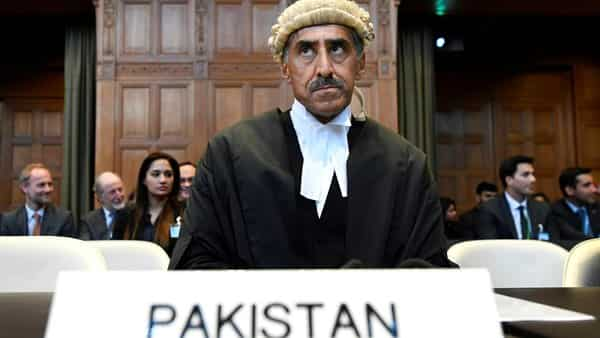 Khawar Qureshi is seen at the International Court of Justice (Photo: Reuters)