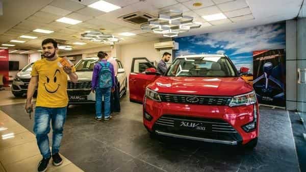 Last year, automakers had substantially increased the dispatches of vehicles to dealerships in July and August, expecting robust sales, but ended up with a huge inventory as retail sales tanked.  (Photo: Pradeep Gaur/Mint)