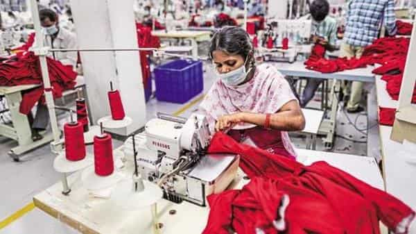 The survey covered 127 firms and 25 respondents in five apparel production centers in Bangalore, Delhi, Kolkata, Ludhiana, and Tirupur (Photo: Bloomberg)