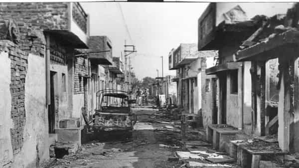 A neighbourhood in Delhi's Trilokpuri area after the 1984 anti-Sikh riots. (Photo: Hindustan Times)