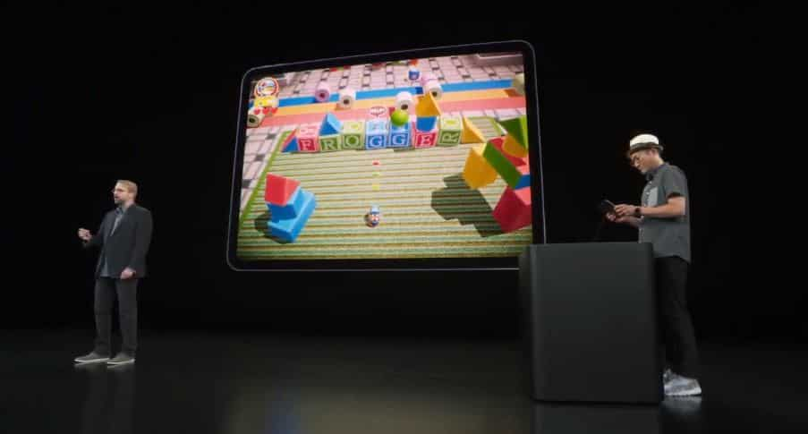 Demonstration of an Apple Arcade in partnership with Konami.